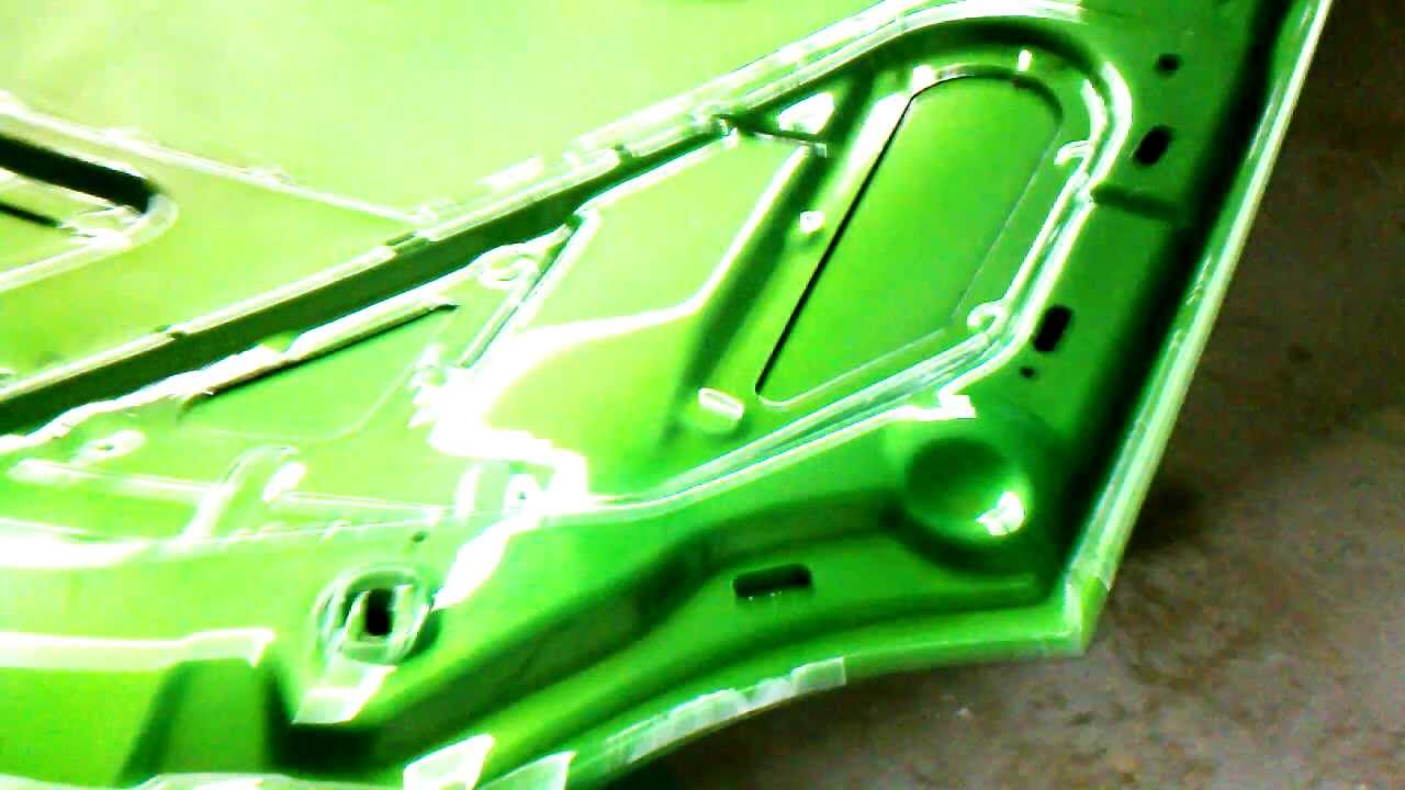 Lime Green Candy Le Paint