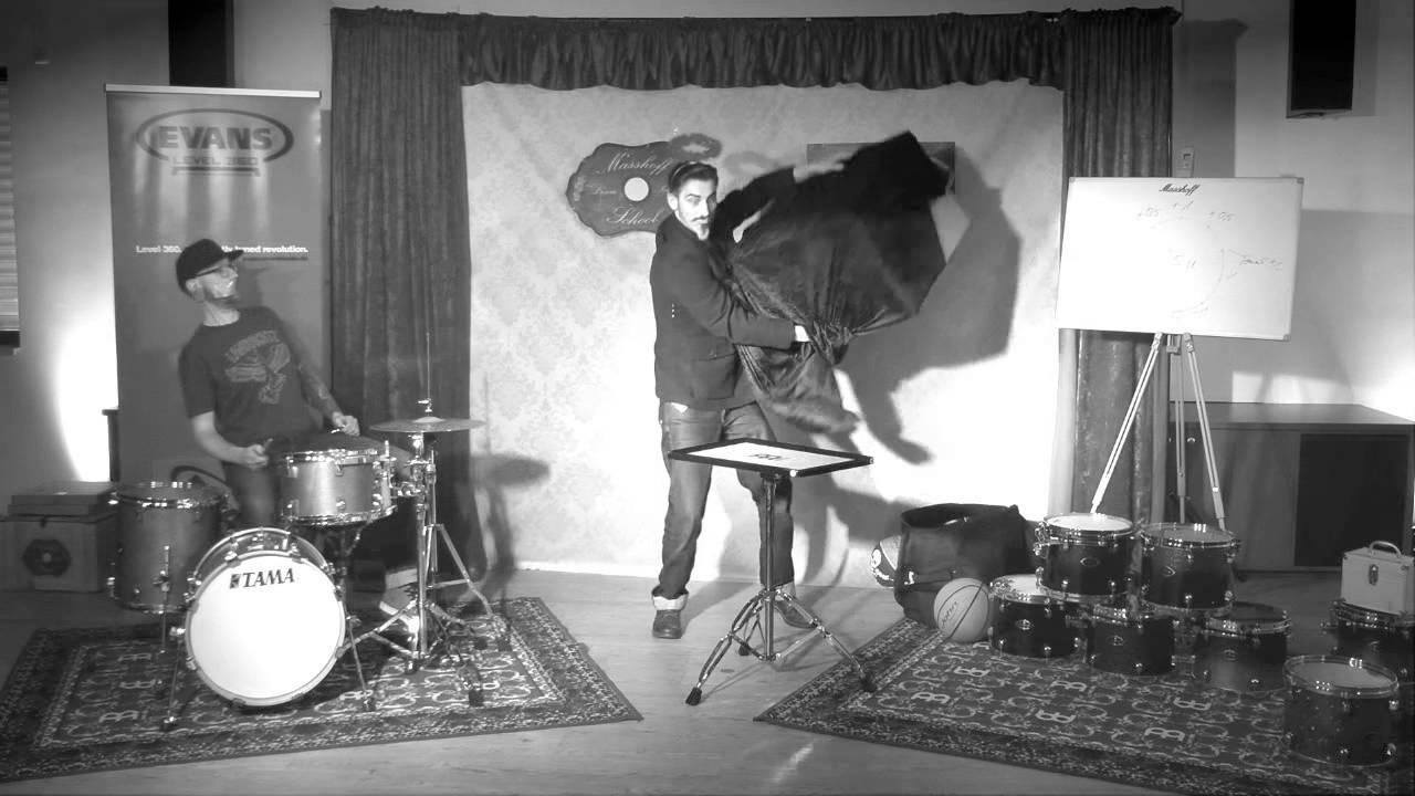 evans level 360 drumtuning revolution tour mit udo masshoff official trailer youtube. Black Bedroom Furniture Sets. Home Design Ideas