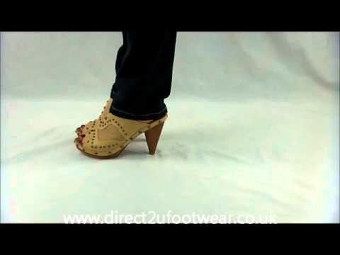 2162093779a00 D3114 Ladies high heel peep toe clogs - YouTube