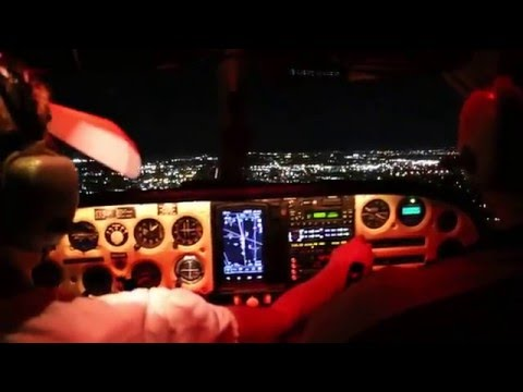 Night Time Approach into Van Nuys Airport