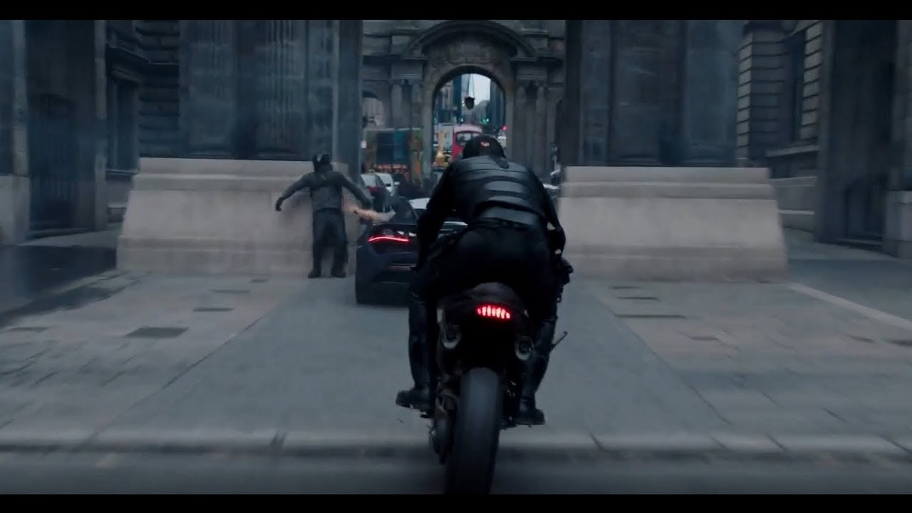 Download Fast & Furious Presents: Hobbs & Shaw (2019) Motorcycle Chase Scene