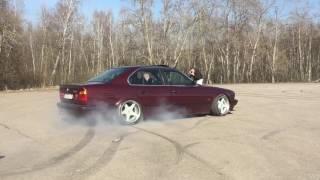 BMW E34 DRIFT. БМВ Е34 ДРИФТ. BURNOUT BMW. БЕРНАУТ Е34. M50B25. М50Б25.
