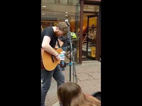 Buskin Mitch - Shape of you (Ed Sheeran) Live Accoustic Cover