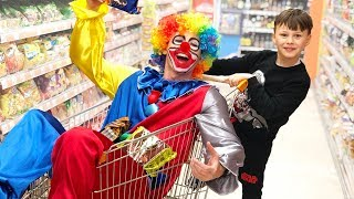ALİ PALYAÇO ile MARKETE Ali and Funny clown Doing Shopping in supermarket