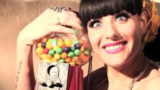 Смотреть клип Justina - Bubble Gum
