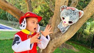 Дима играет в профессию пожарного - Щенячий Патруль спасает животных thumbnail