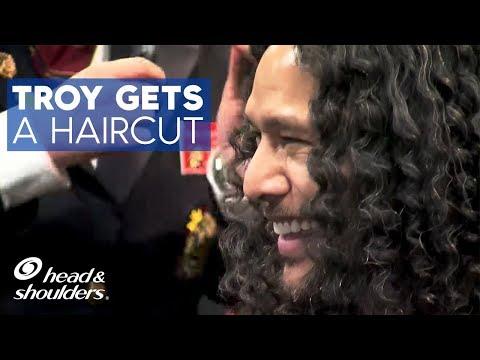 Troy Polamalu gets his hair cut by Veterans