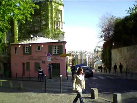 Montmartre rue cortot rue de l 39 abreuvoir la maison for La maison rose lourmarin