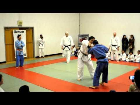 Bunasawakai Judo: demo by  Victor vs. Goya