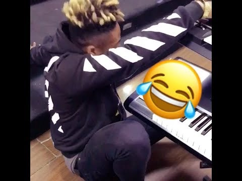 One Corner Madness Hits Nigeria, Reekado Banks Dances To One Corner Song By Patapaa