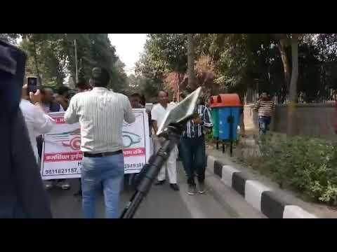 Dharna ola uber and delhi govt 16/2/2018(15)