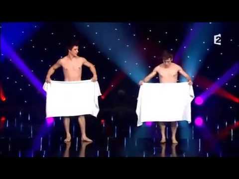 Танец с полотенцами! Французы взорвали зал!