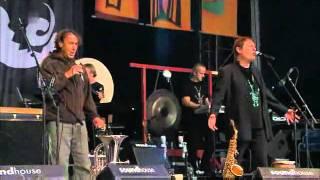 Haindling & Hubert von Goisern - Holzscheitl-Rap 2011
