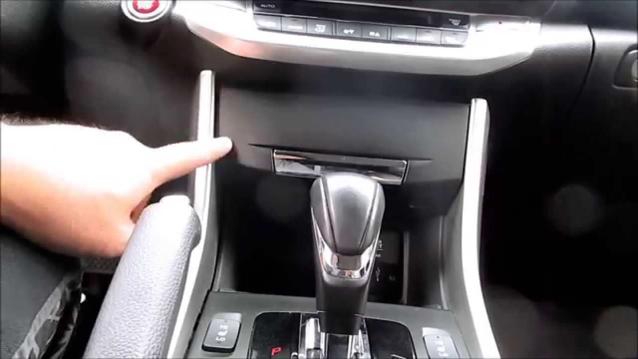 Tutorial Honda Accord Dashboard Center Pocket Removal And
