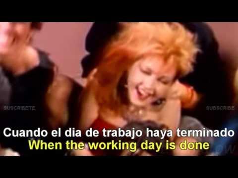 Cyndi Lauper - Girls Just Want To Have Fun [Lyrics English - Español Subtitulado]