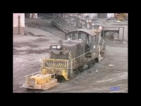 Early Stack Train w/ caboose; Republic Steel Switchers 1986
