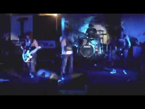 Mauseres live at Free Revolution 3