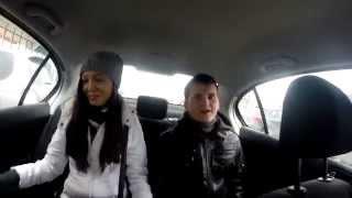 Такси Raddyson. Поющие протестанты