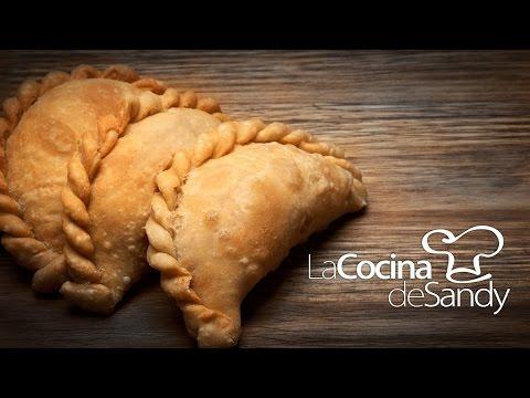 empanadas-argentinas-de-pollo---receta-de-cocina-con-pollo-y-masa-para-empanadas-caseras