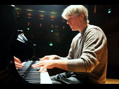 Dezső Ránki plays Haydn, Liszt, Ravel, Schumann, Debussy - live 2007