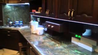 Производство мебели . Кухня . Фасады Дерево . Кварц . Классика . Как выбрать кухню .(, 2014-09-25T08:23:15.000Z)