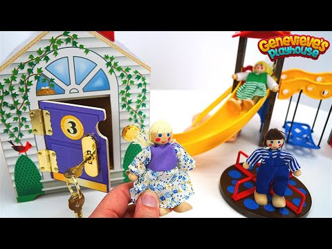 Thumbnail: Videos for Kids - Best Learning Educational Locking Toys - Learn Colors, Animals - Doll House & Barn