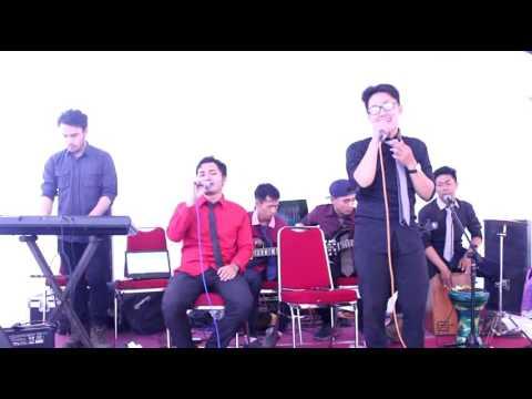 Qomarun Sidnan Nabi - M.Atef Versi Akustik By The SWAN (Perform At JAKSEL)
