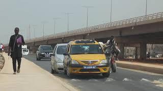 Demander a un Taximan de transporter de la drogue ( Camera Cachée Mahfousse )