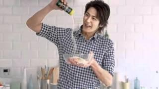 クラフト 100%パルメザンチーズハッケン!キッチン!ミートボール篇』 ...