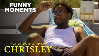 Growing Up Chrisley | Chase Gets Dating Advice From Ronndell | S1 E6 | Chrisley Knows Best