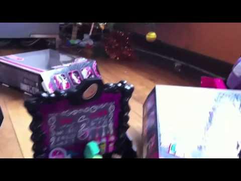 Download Mes Cadeaux De Noël 2013 Monster High Mp3 Album