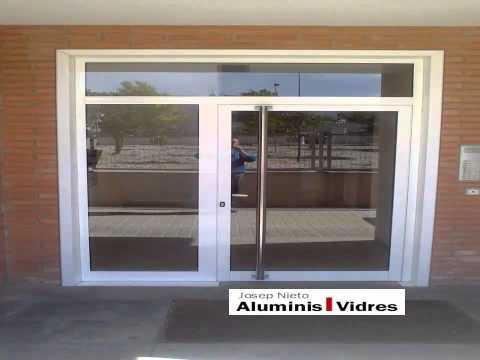 Puertas de aluminio para exteriores y para interiores - Vidres igualada ...