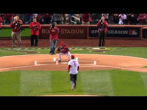 2012/10/18 Ozzie Smith throws first pitch
