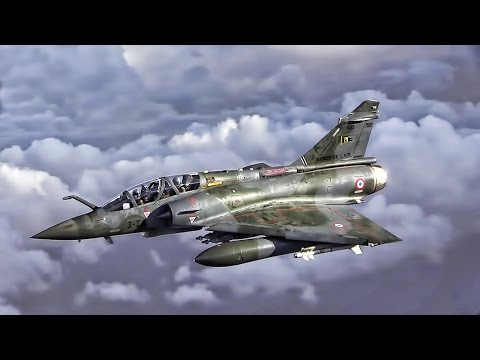 USAF Refuels French Mirage 2000 Fighter Jets Over Iraq