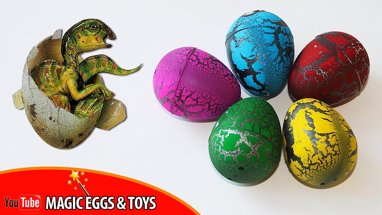 Игрушка дракон вылупляется из яйца