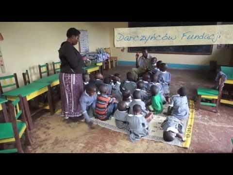 Lekcja j angielskiego Kigera Etuma Tanzania Fundacja Maja Przyszlosc