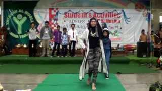 Al Muslim Junior High Performances: Fashion Show
