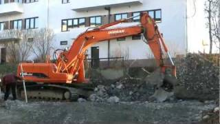 Doosan Daewoo Solar 175 LCV Excavator