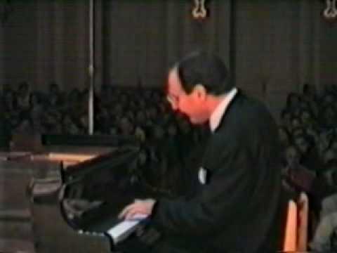 Igor Kamenz plays Liszt, Waldesrauschen