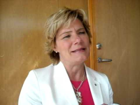 Folkhälsominister Maria Larssons DRÖMPROJEKT Roligt Åldrande TilliT TV Hall of Happy