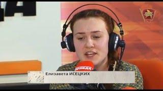 Лиза Исецких поёт песню Виктора Цоя Кукушка