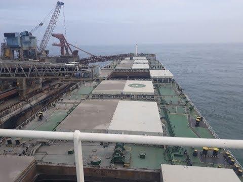 Bulk Carriers Ship 114000 Dwt Loading Cargo In Ghana