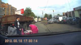 Crazy mothers with baby carriage crossing the road / Сar crash compilation / Dash Cam Compilation