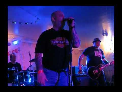 Angelic Upstarts Windsor hotel  Kirkcaldy, Fife 16th Dec 2016