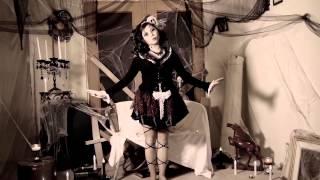 HALLOWEEN DANCE: Still Doll Choreography