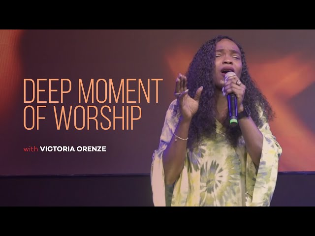 VICTORIA ORENZE - THE SACRIFICE OF WORSHIP