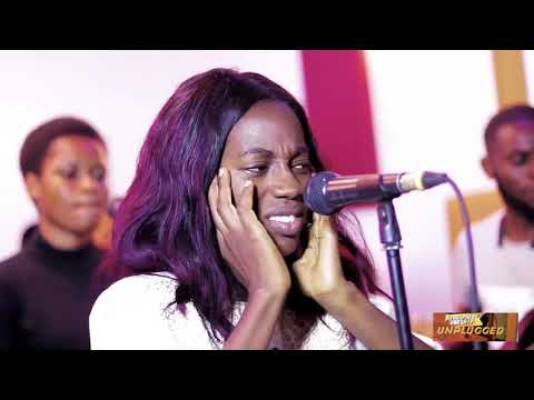 Download Chidinma Okere live @ Atmosphere of Worship Unplugged.