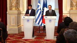 Tsipras pide a Francia que lidere el cambio en Europa y Hollande no levanta el guante