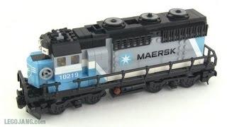 Shortened LEGO Maersk locomotive