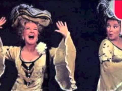 Beryl Reid - Old Time Music Hall Singalong